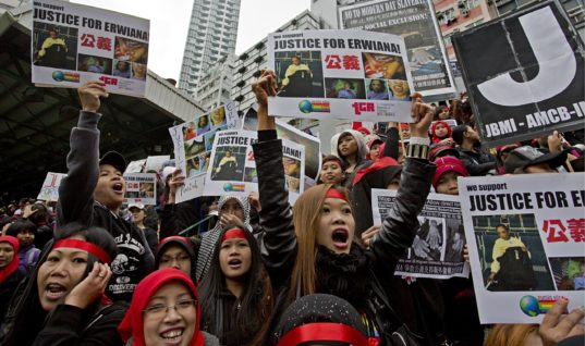 Domestic Workers in Singapore and Hong Kong Cry For Better Working Conditions