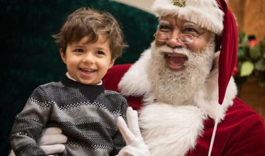 The Mall of America Has a New Santa, and His Name is Larry Jefferson