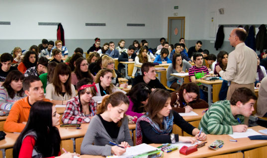 High School In Spain: Forced, Premature Career Decisions And Limited Freedom Of Study