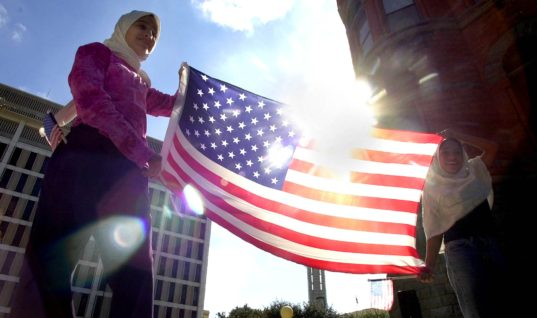 http://blogs.dunyanews.tv/11902/can-a-muslim-be-united-states-president