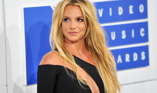 How Relevant is Britney Spears in 2017?