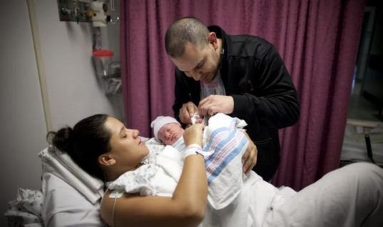 The US Needs Paid Maternity Leave