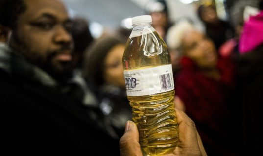 Flint Residents Have to Pay for Water That Is Still  Not Clean