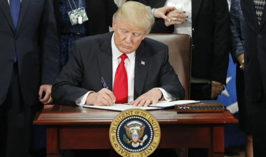 Trump Set to Sign Religious Freedom Order That Will Allow Discrimination Against LGBT+