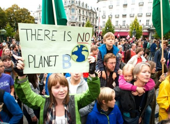 21 Youth Are Suing the U.S. Government About Climate Change