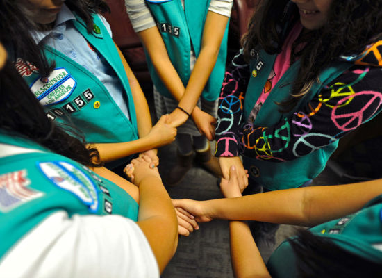 The Girls Scouts Ask Parents Not to Force Their Daughters to Hug Anyone This Holiday Season